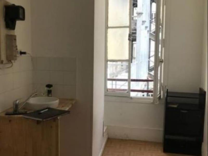 Sale apartment Paris 17ème 90000€ - Picture 2