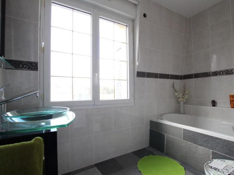 Sale house / villa La queue en brie 692900€ - Picture 8