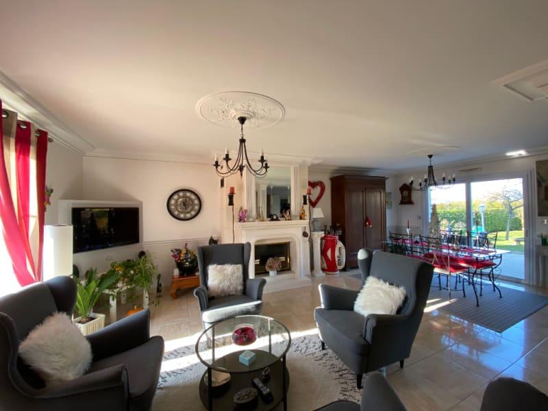 Sale house / villa Montlouis sur loire 343000€ - Picture 1