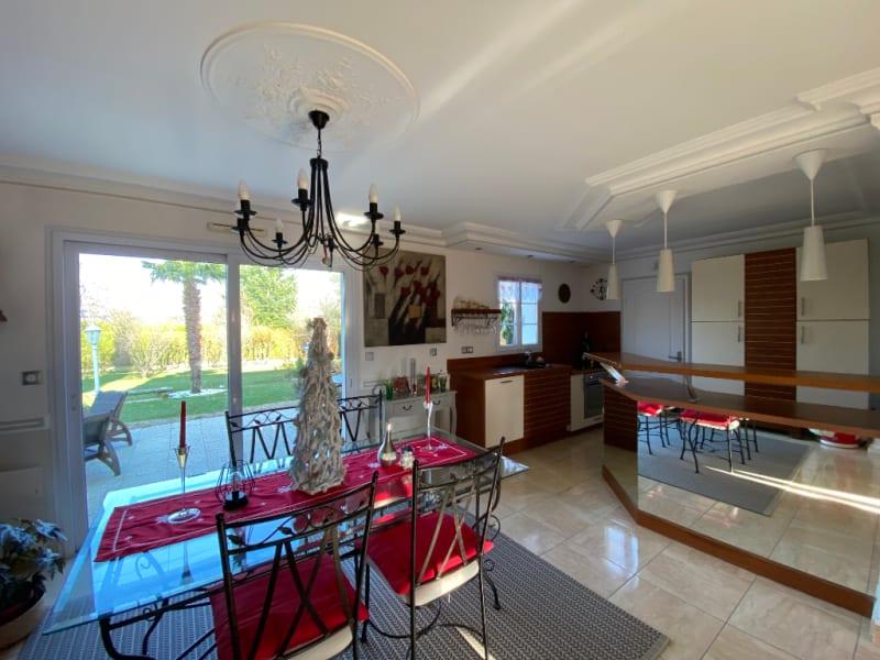 Sale house / villa Montlouis sur loire 343000€ - Picture 5