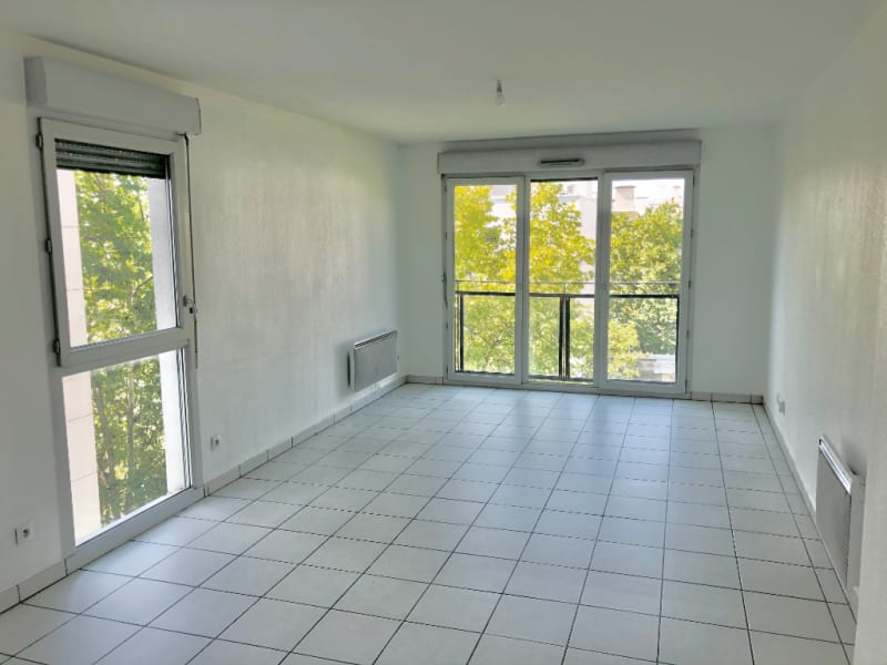 Sale apartment Lyon 2ème 345000€ - Picture 2