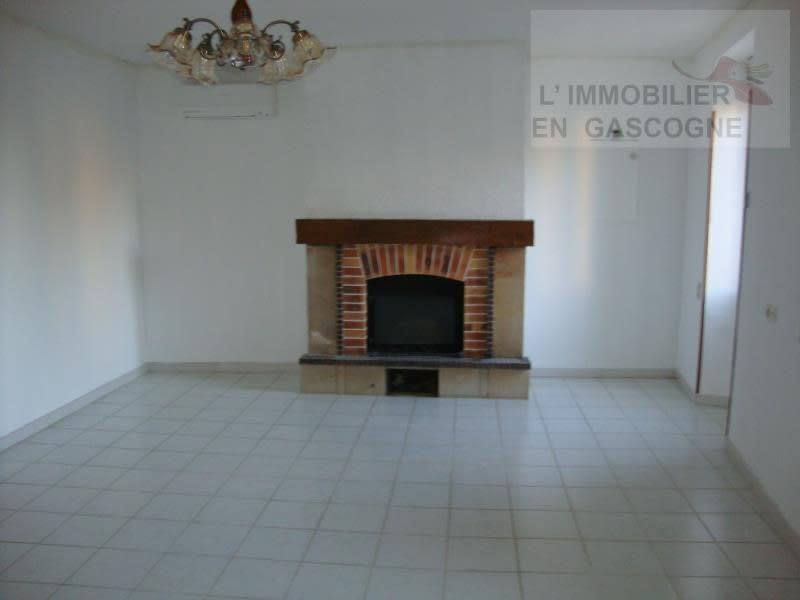 Rental house / villa Seissan 750€ CC - Picture 3