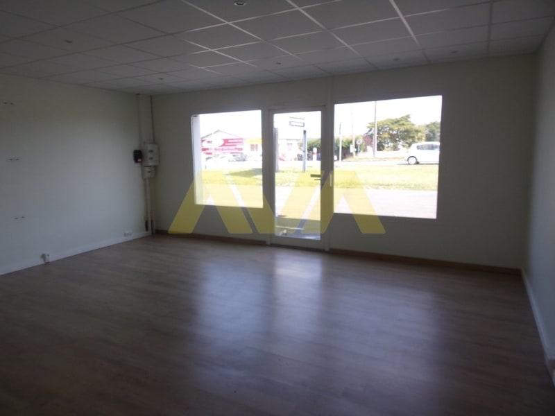 Rental empty room/storage Susmiou 540€ CC - Picture 4