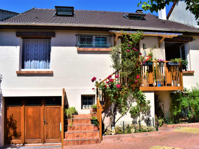 Sale house / villa Romainville 650000€ - Picture 2