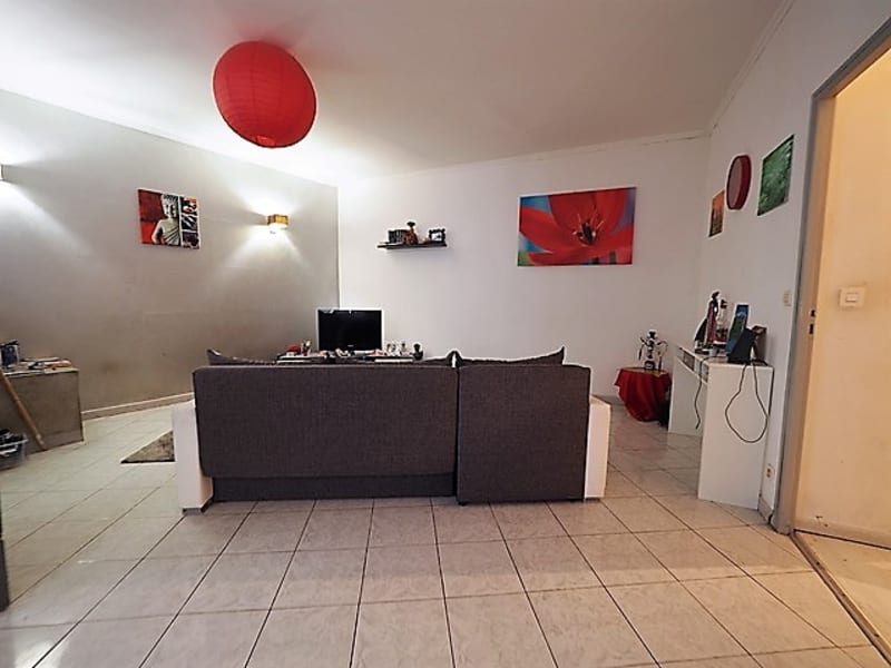 Sale apartment Nimes 123000€ - Picture 6