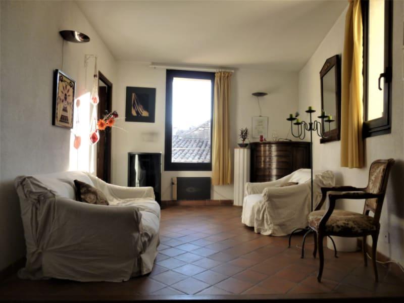 Sale apartment Nimes 150000€ - Picture 2