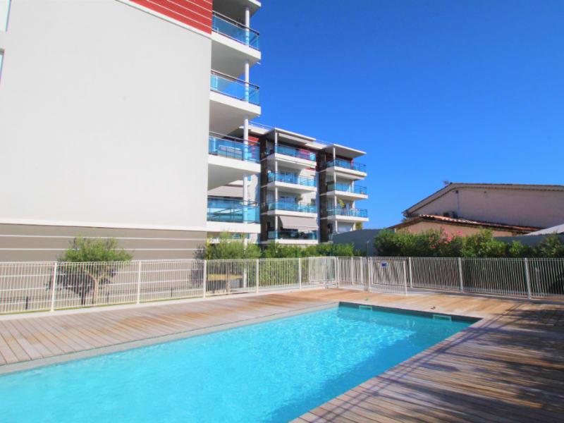 Sale apartment Saint laurent du var 342000€ - Picture 1
