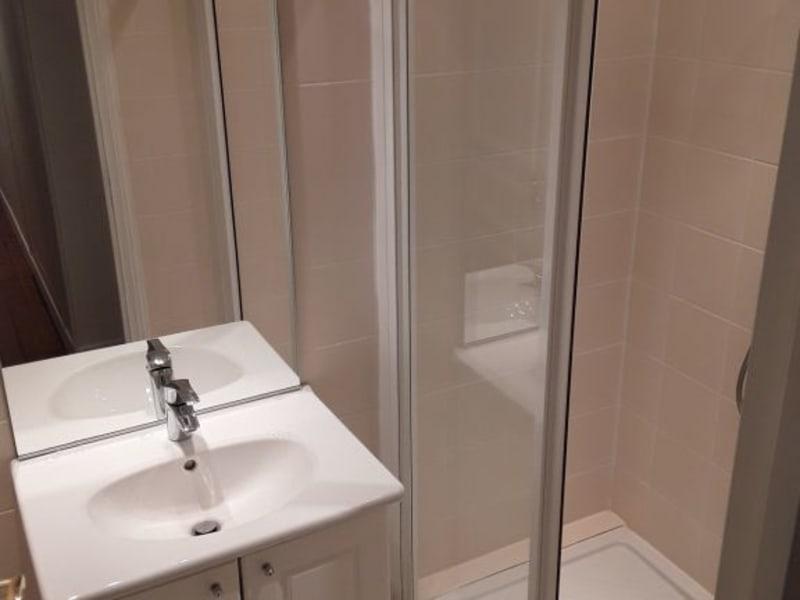 Location appartement Paris 7ème 740€ CC - Photo 5