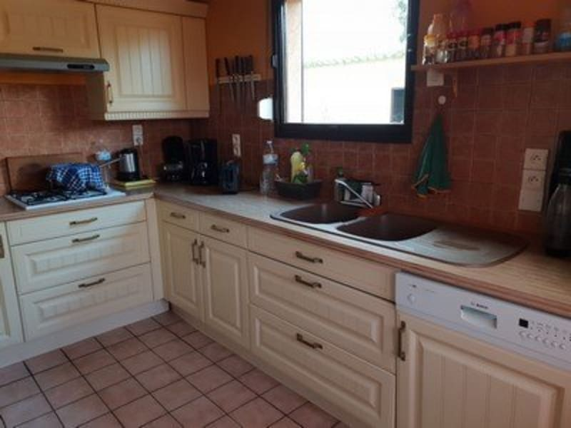 Sale house / villa Formerie 147000€ - Picture 2