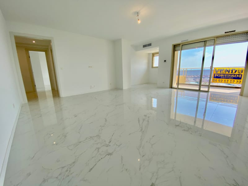 Sale apartment St laurent du var 840 000€ - Picture 3