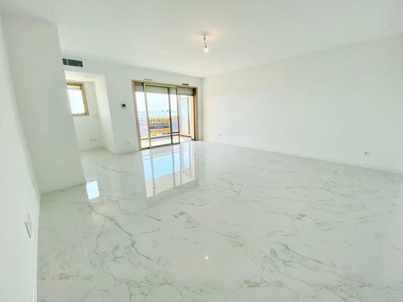 Sale apartment St laurent du var 840 000€ - Picture 4