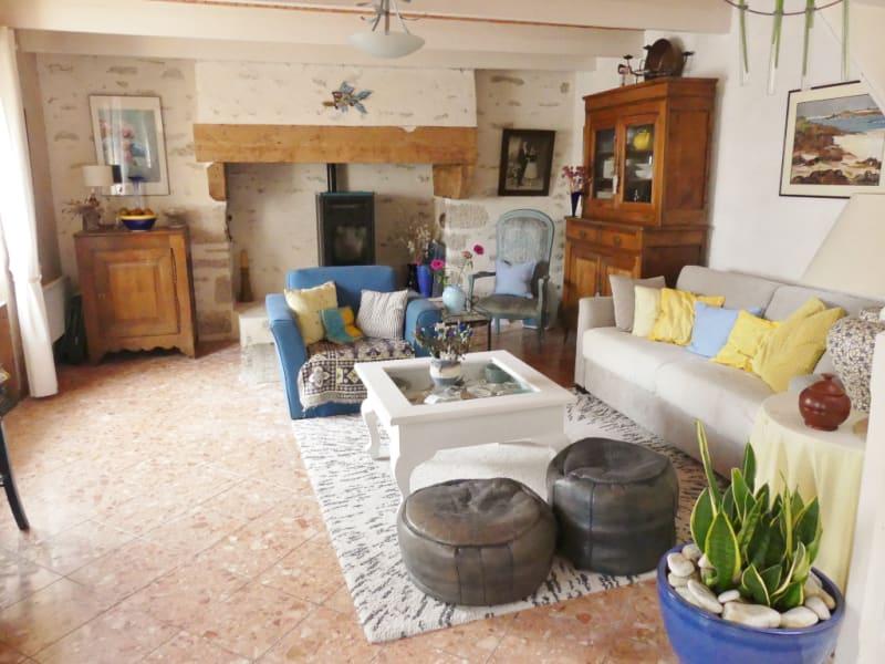 Sale house / villa Lesconil 212000€ - Picture 2