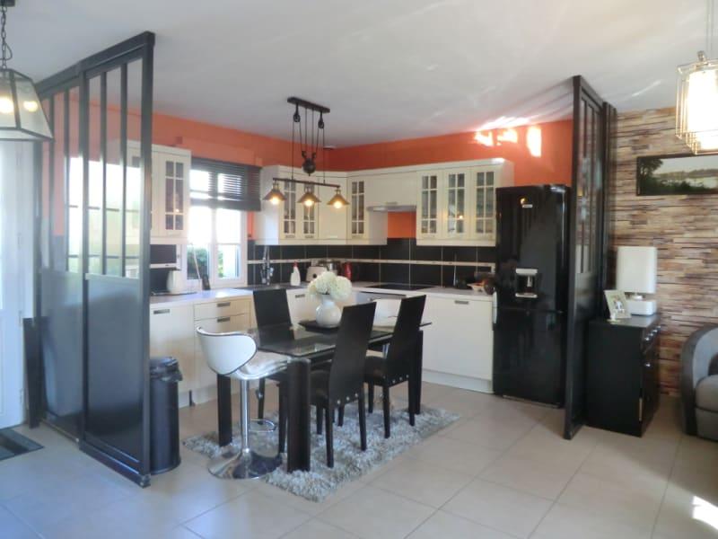 Sale apartment La chapelle en serval 243000€ - Picture 2