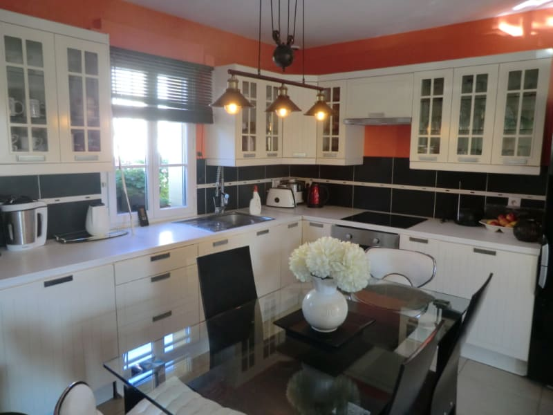 Sale apartment La chapelle en serval 243000€ - Picture 4