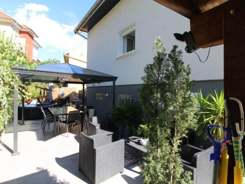 Sale house / villa Voiron 480000€ - Picture 2
