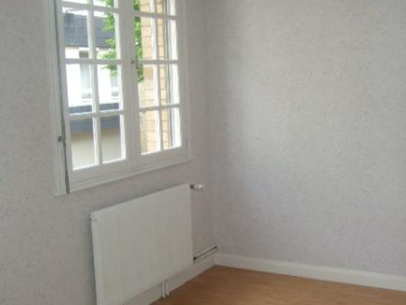 Rental apartment Saint omer 625€ CC - Picture 4