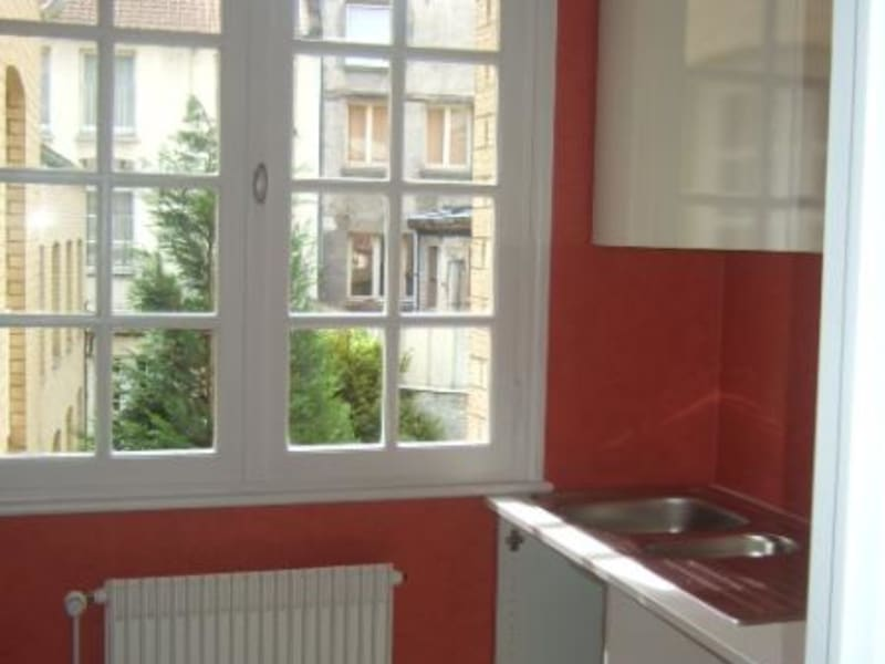 Rental apartment Saint omer 625€ CC - Picture 6