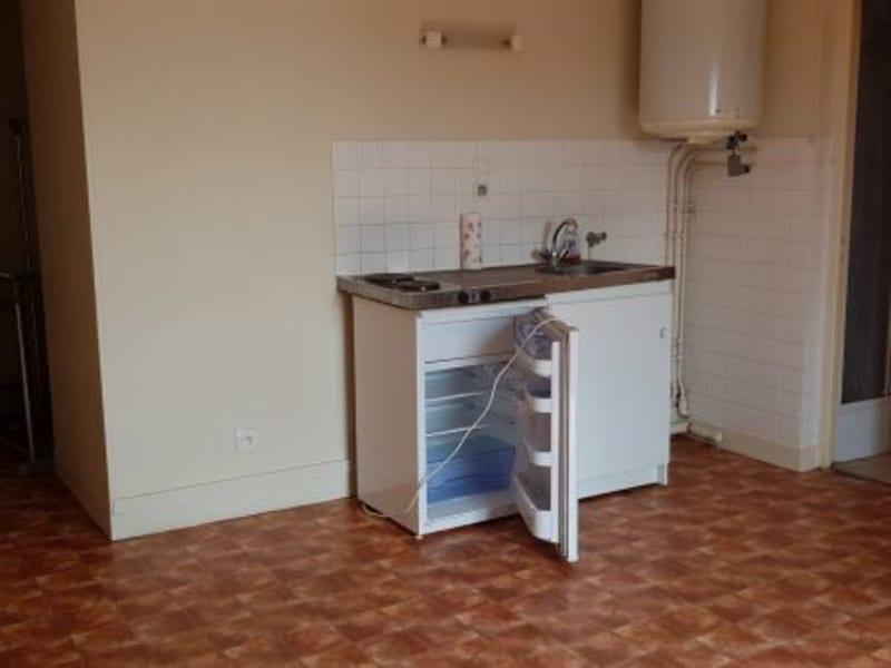 Rental apartment La roche-guyon 369€ CC - Picture 2