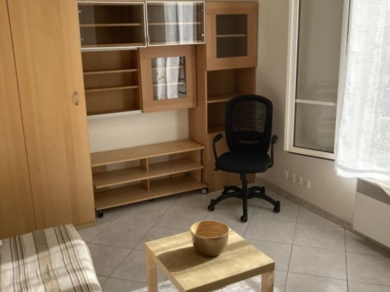 Location appartement Colombes 630€ CC - Photo 3