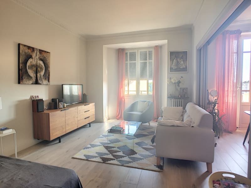 Appartement  - T2 - 68 m2