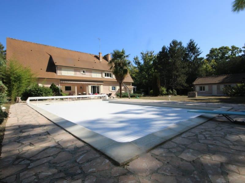 Sale house / villa Lamorlaye 945000€ - Picture 1