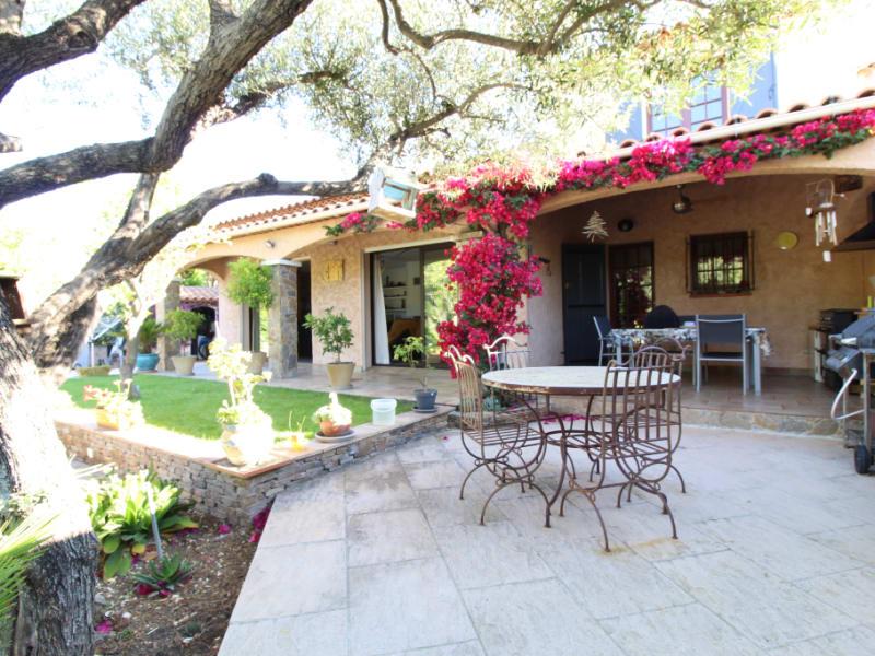 Vendita casa Hyeres 590000€ - Fotografia 1