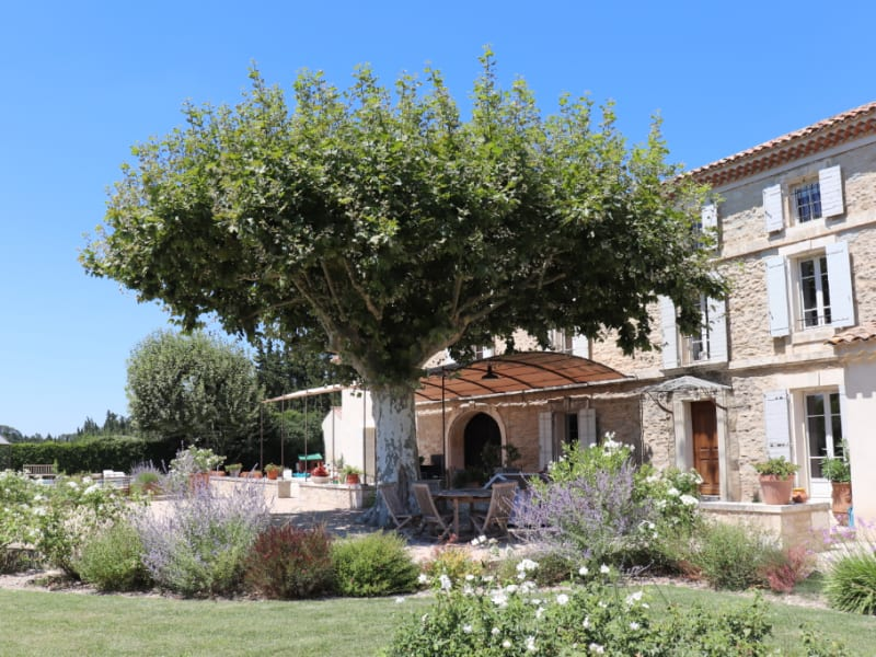 Sale house / villa Barbentane 2 200 000€ - Picture 1