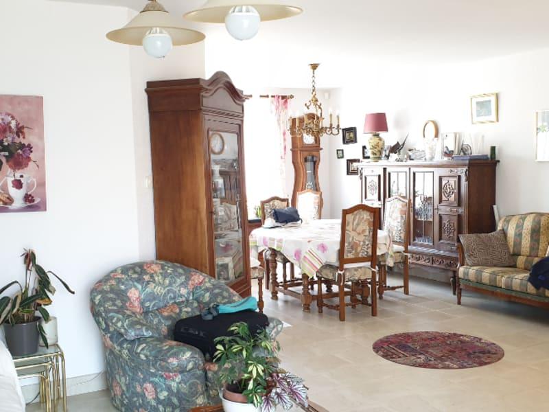 Sale house / villa Gencay 231000€ - Picture 3