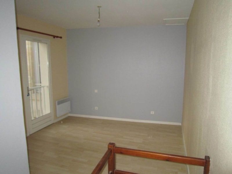Rental apartment Cognac 402€ CC - Picture 5