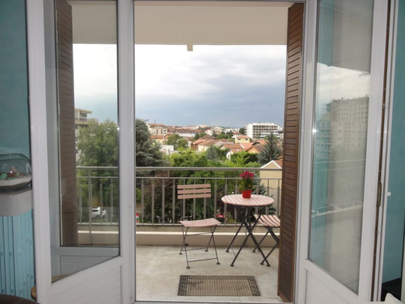 Vente appartement Caluire et cuire 283 500€ - Photo 4