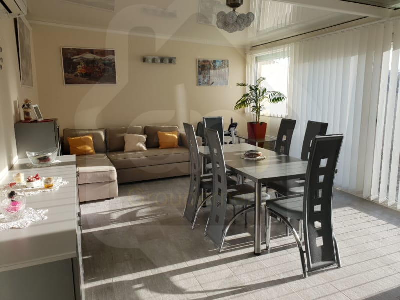 Sale house / villa Les mees 275000€ - Picture 1
