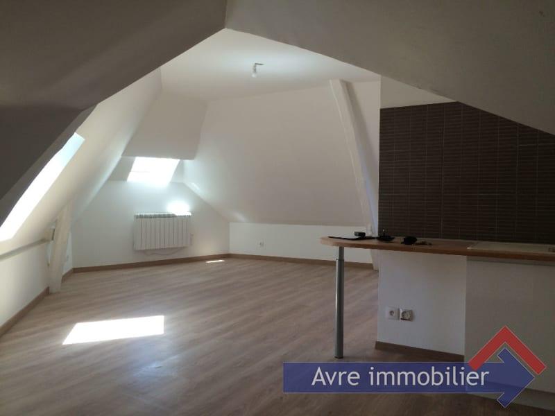 Rental apartment Verneuil d avre et d iton 332€ CC - Picture 1