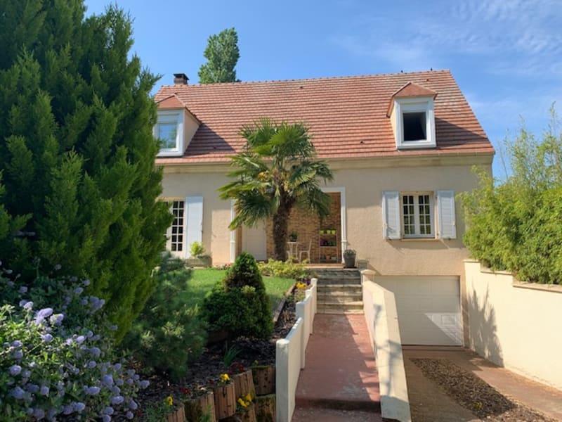 Sale house / villa Puiseux en france 560000€ - Picture 1