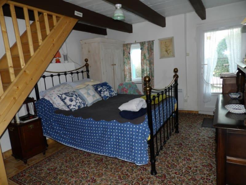 Sale house / villa Mael carhaix 101650€ - Picture 9