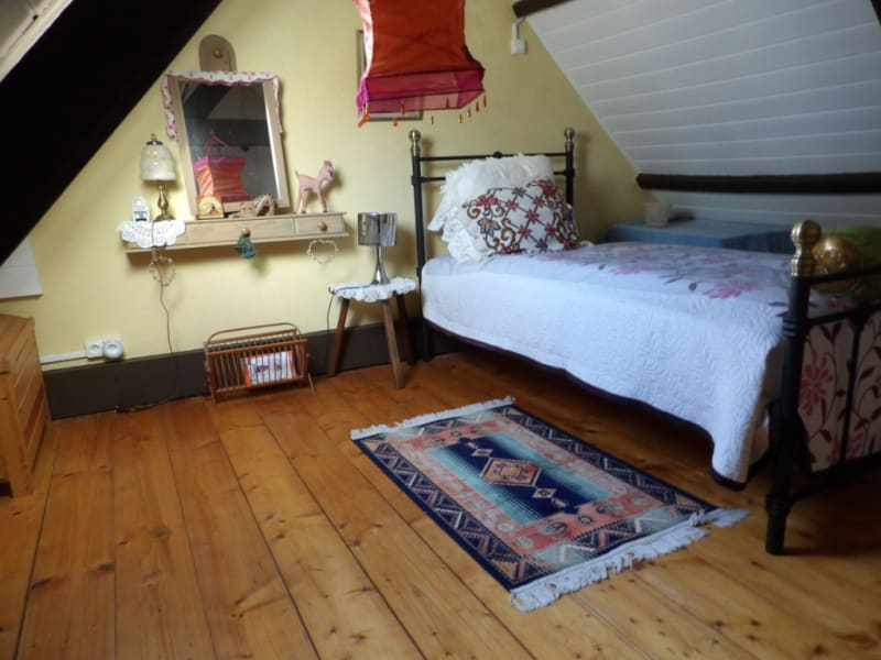 Sale house / villa Mael carhaix 101650€ - Picture 10