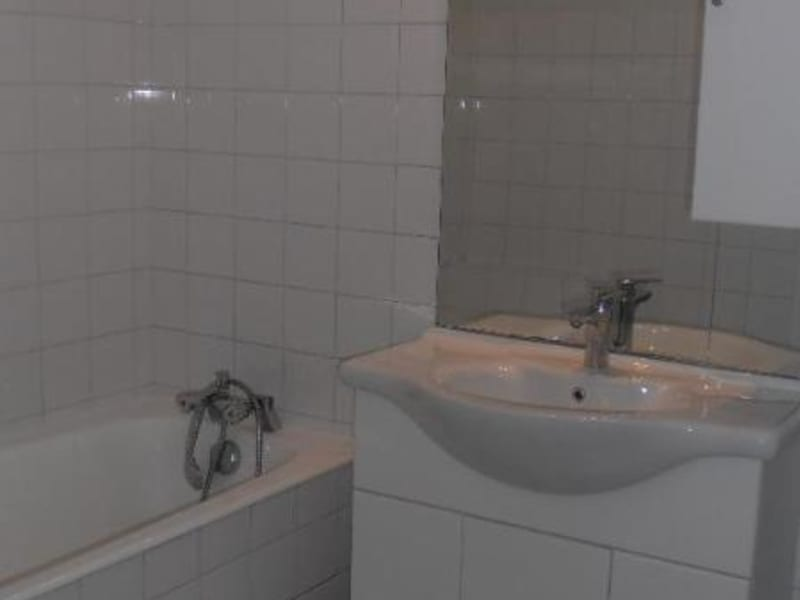 Rental apartment Montreal la cluse 700€ CC - Picture 6