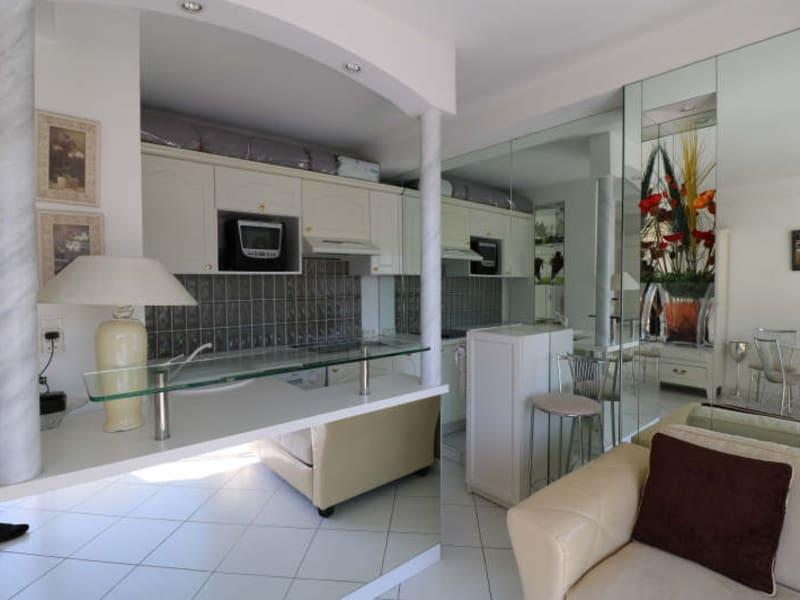 Sale apartment Cannes 210000€ - Picture 4