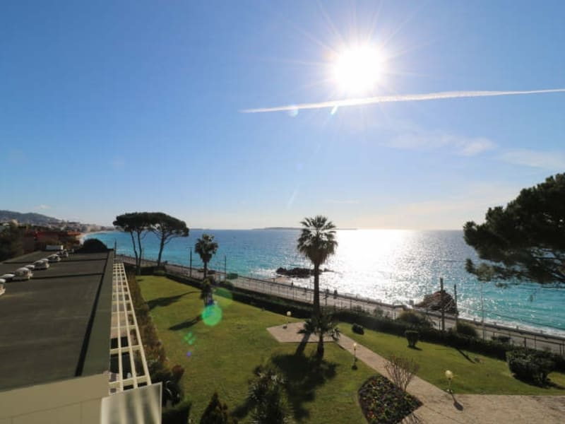 Sale apartment Cannes la bocca 590 000€ - Picture 1
