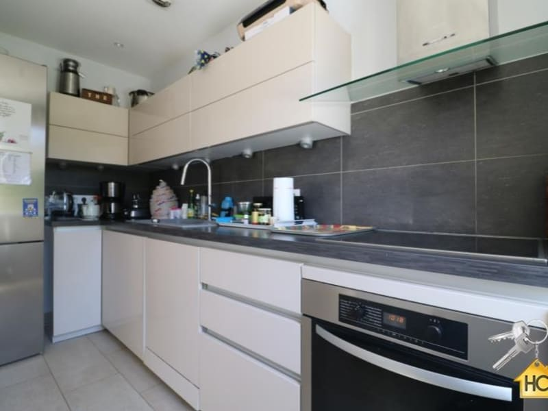 Sale apartment Cannes la bocca 740 000€ - Picture 4