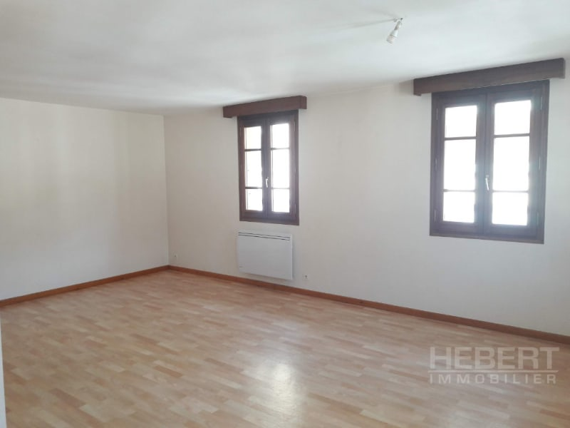 Rental apartment Sallanches 943€ CC - Picture 5