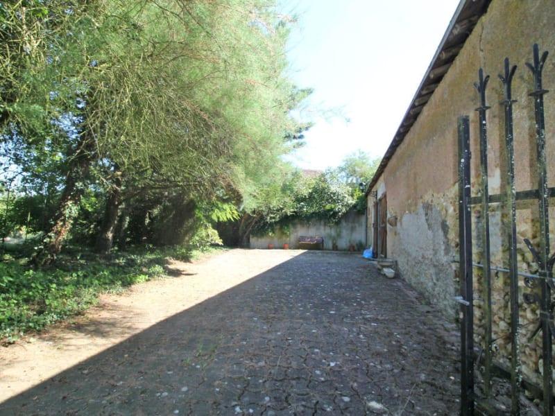 Sale house / villa Montoire sur le loir 120000€ - Picture 6