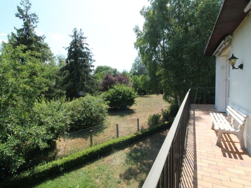 Sale house / villa La chartre sur le loir 115500€ - Picture 5