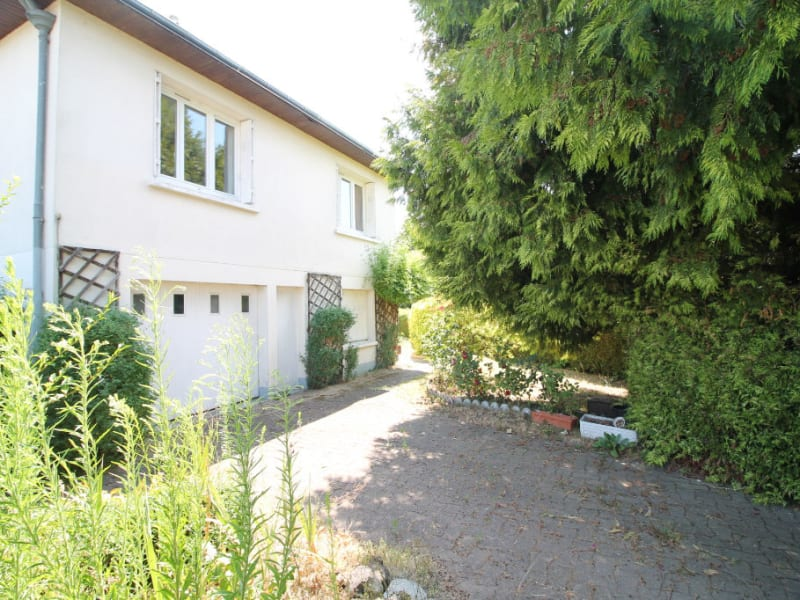 Sale house / villa La chartre sur le loir 115500€ - Picture 9