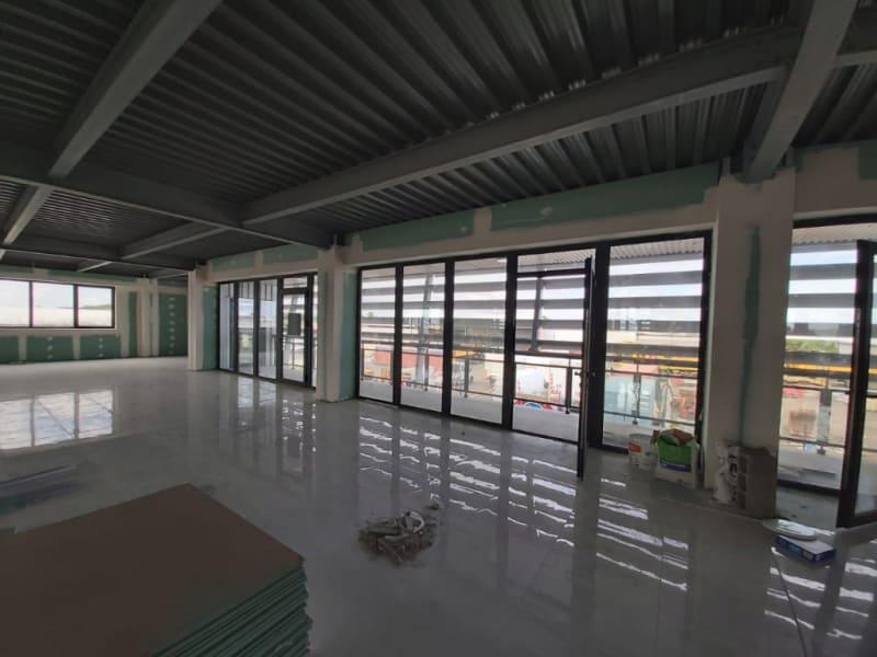 Location bureau Baie mahault 832€ HC - Photo 5