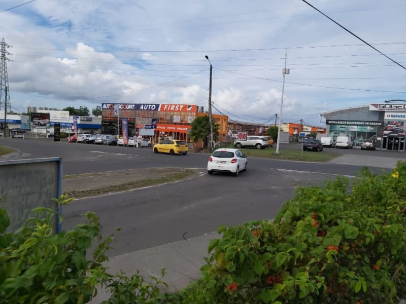 Location local commercial Baie mahault 1 680€ HC - Photo 7