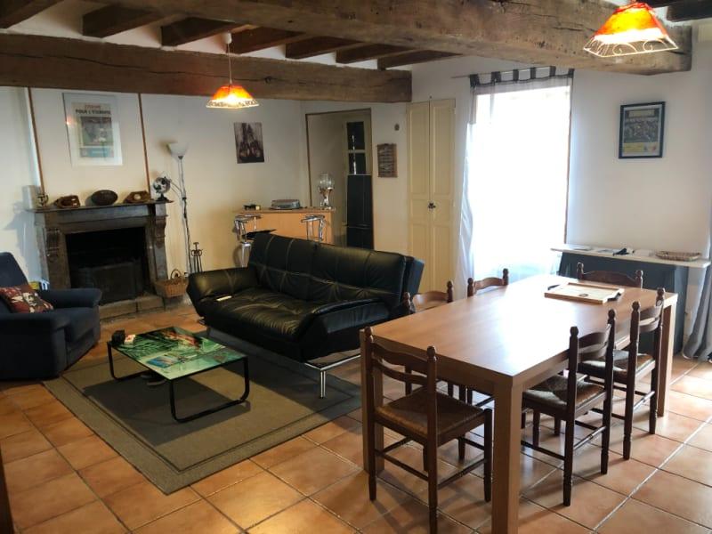 Sale house / villa Saint pierre des echaubrogne 91360€ - Picture 2