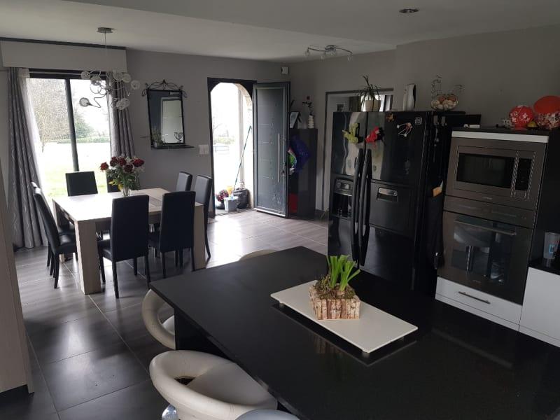 Sale house / villa Carhaix plouguer 208000€ - Picture 5
