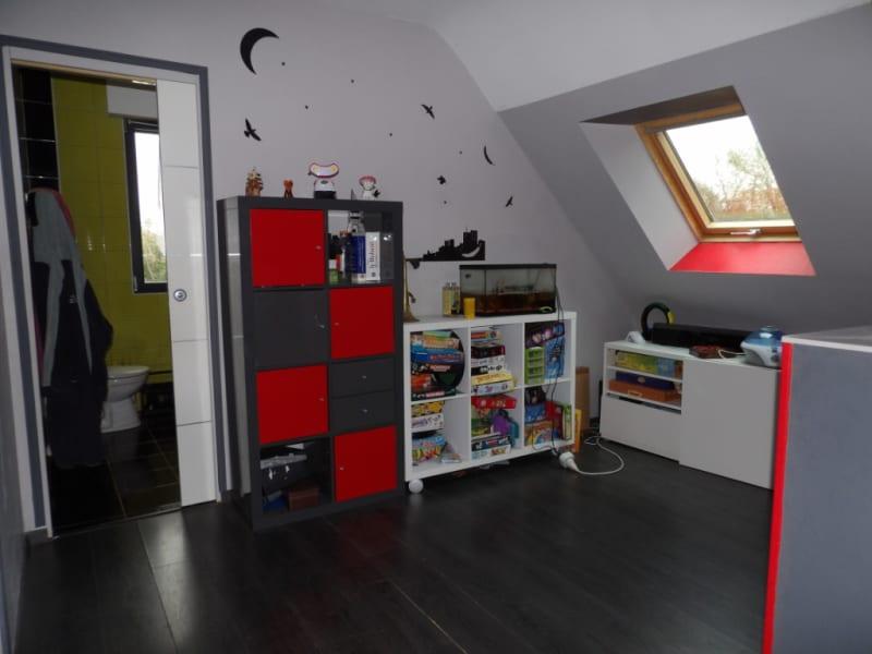 Sale house / villa Carhaix plouguer 208000€ - Picture 10