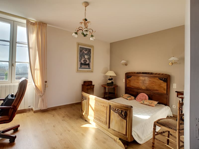 Vente maison / villa Bourgoin jallieu 354000€ - Photo 10