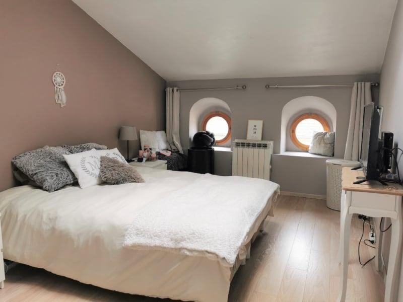 Sale apartment La tour du pin 99500€ - Picture 1